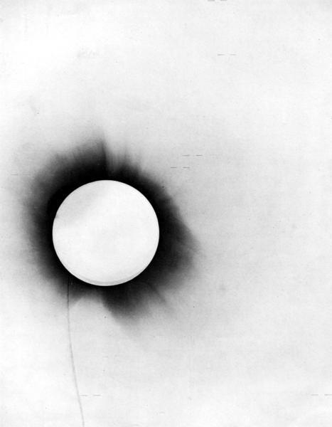 Nombre:  1919_eclipse_negative.jpg Vistas: 572 Tamaño: 16,7 KB